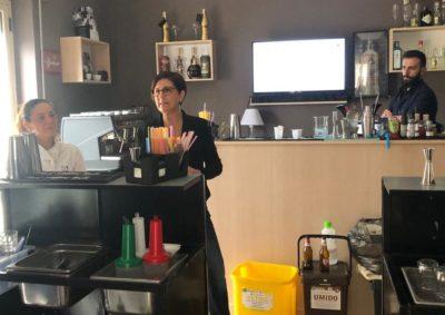 Ecoross barman lezioni differenziata riciclo ambiente ecologia