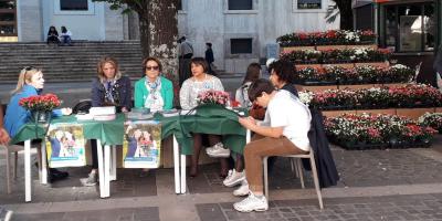 azalee Airc Cosenza piazza prefettura