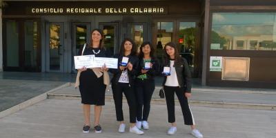 Antonella Covelli docente, Erika De Luca, Alessia Malito, Elisabetta Maria Sorrentino IC Cerisano