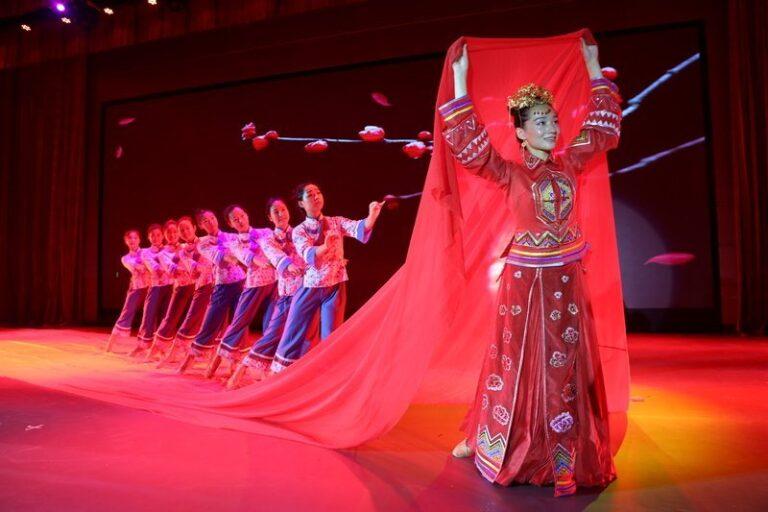 La Cina alla 34^ Estate Internazionale del Folklore e del Parco Del Pollino