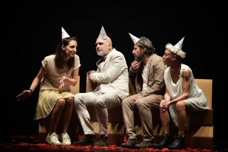 """Avvistamenti Teatrali chiude la quarta edizione con lo spettacolo """"Coma quando fiori piove"""""""