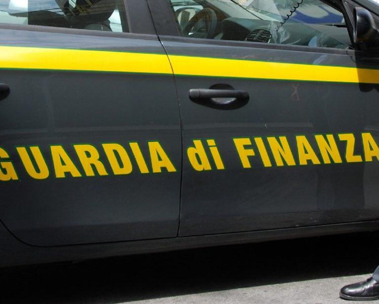 Reggio, sequestrata autofficina fantasma in zona Gebbione