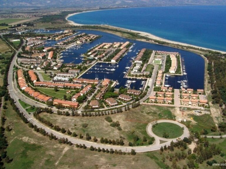 Porti: la Regione finanzia tutti ma dimentica Sibari, l'analisi di Gianluca Gallo