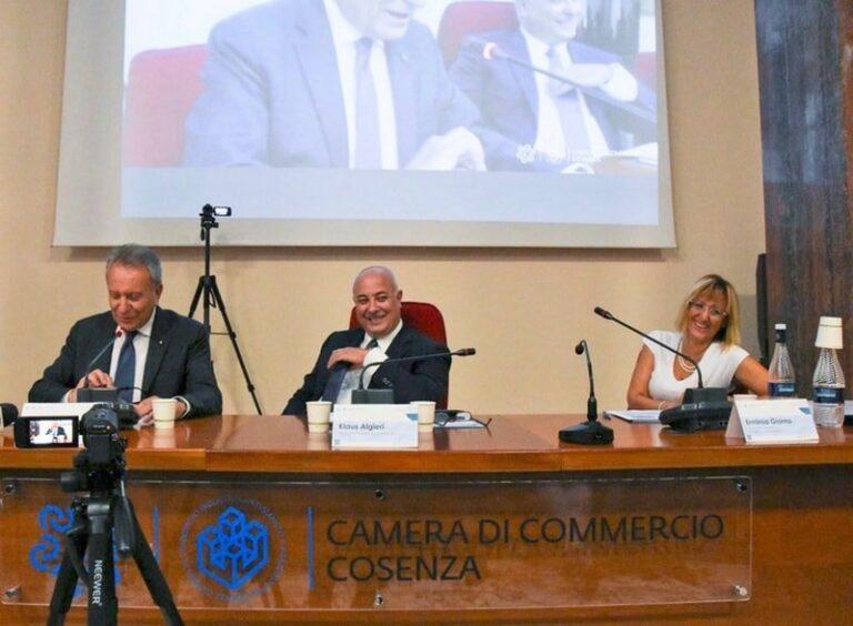 Lectio magistralis di Buscema a Cosenza: «Conti sono strumenti della democrazia»