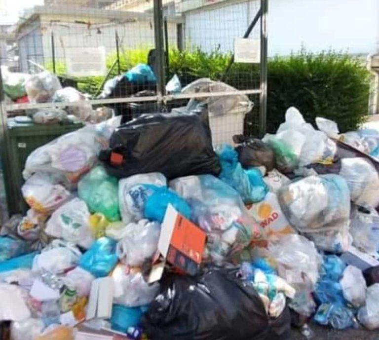 Emergenza rifiuti: appello di Palazzo dei Bruzi a Calabria Maceri