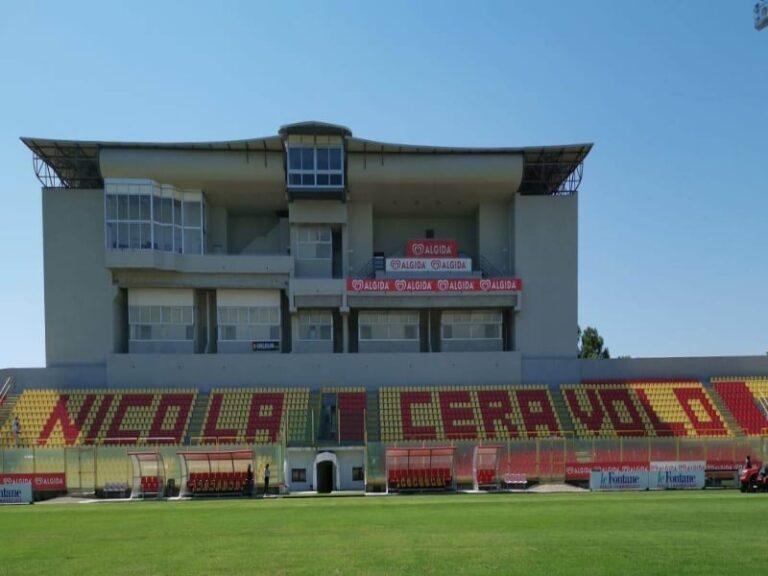 Catanzaro, lo stadio Ceravolo brillerà di nuova luce