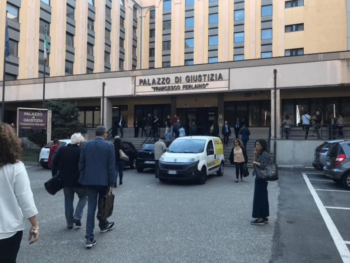 mazzette-magistrato-avvocati-tribunale-catanzaro-arresti