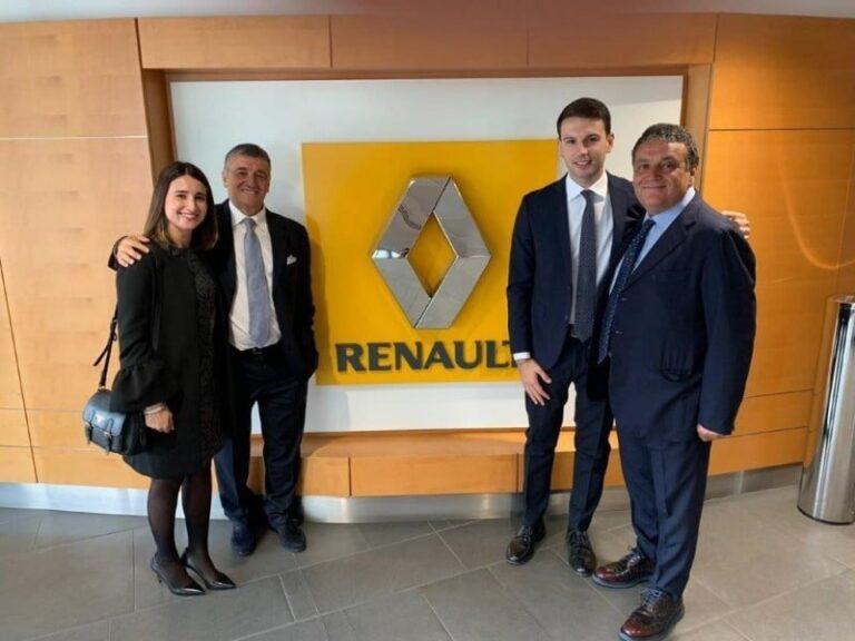 Il Cosenza Calcio cambia sponsor: Renault sulla maglia rossoblu