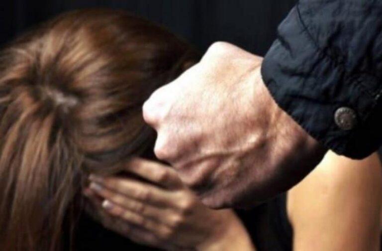 Donna selvaggiamente picchiata dal suo compagno, arrestato aguzzino
