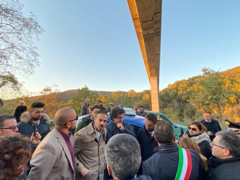 Ponte Cannavino attenzionato dal viceministro Cancellieri e da Aiello