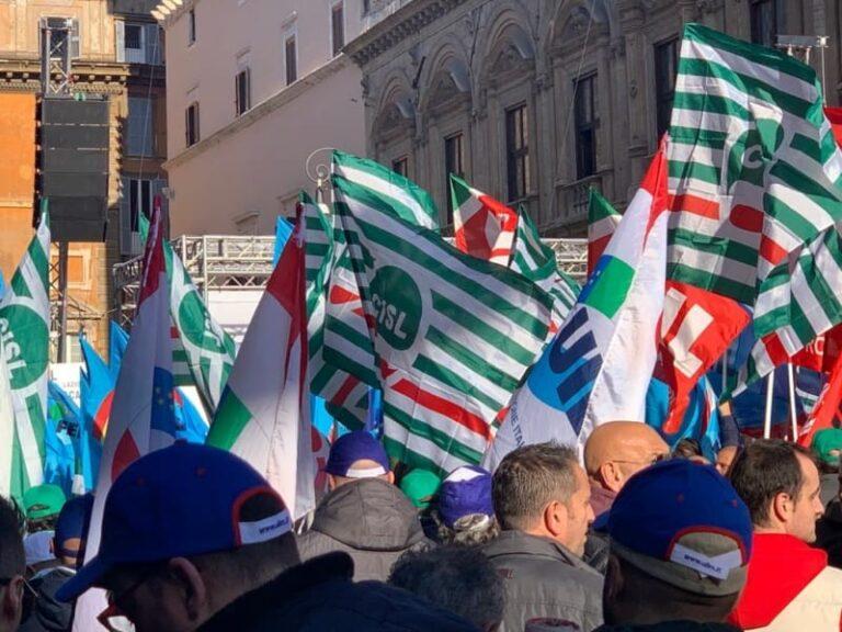 Sindacati calabresi in piazza a Roma per difendere il futuro dei forestali