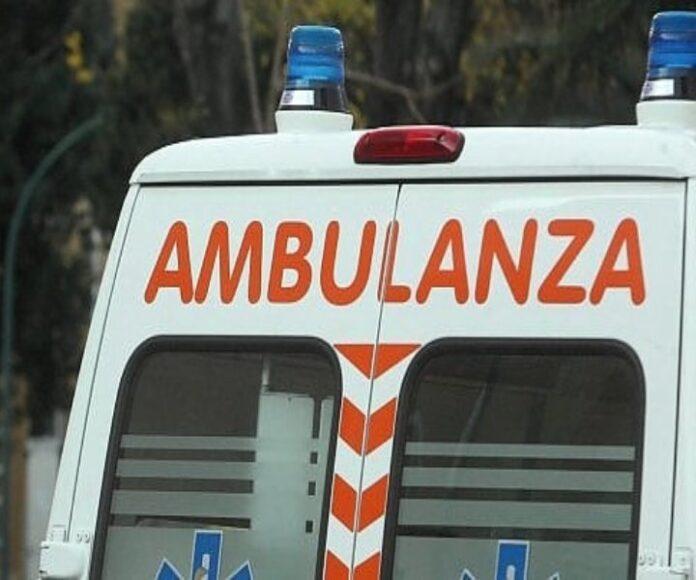 ambulanza-incidente-crotone