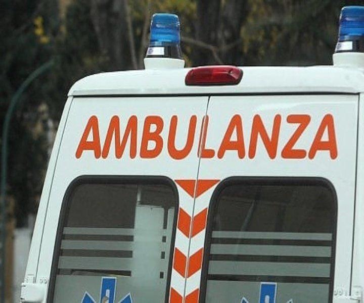 Brutto incidente stradale a Mendicino, ragazzo di Cerisano in ospedale