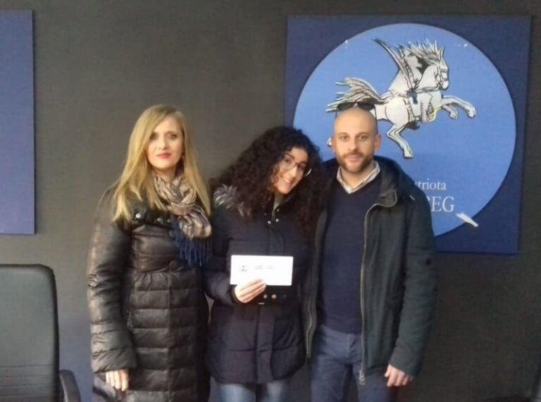 Frascineto: 1000 euro a studentessa meritevole
