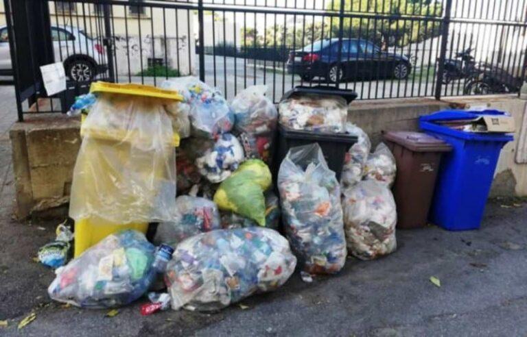 Corigliano Rossano colma di rifiuti, colpa del blocco dei conferimenti presso gli impianti