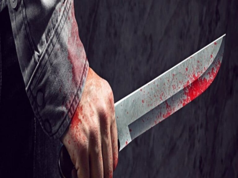 Ventenne aggredita dal compagno, inferte 14 coltellate. E' grave