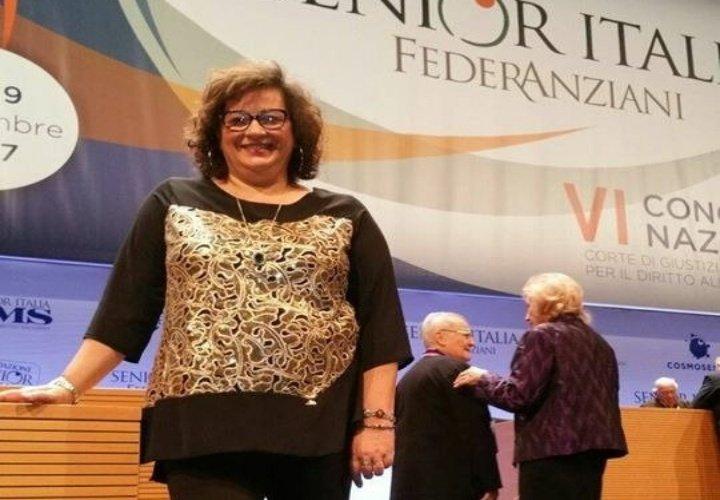 """Gli anziani al """"lavoro"""" per produrre mascherine. L'annuncio del presidente regionale Maria Brunella Stancato"""