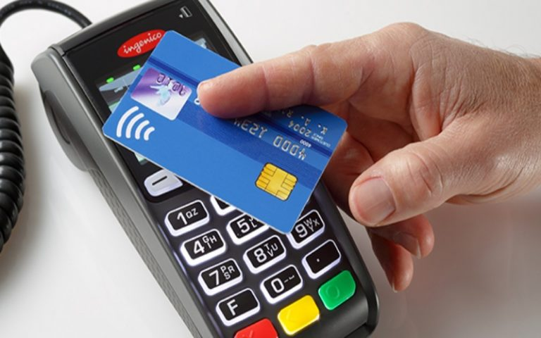 Carte di credito contactless sono sicure, ma bisogna stare attenti