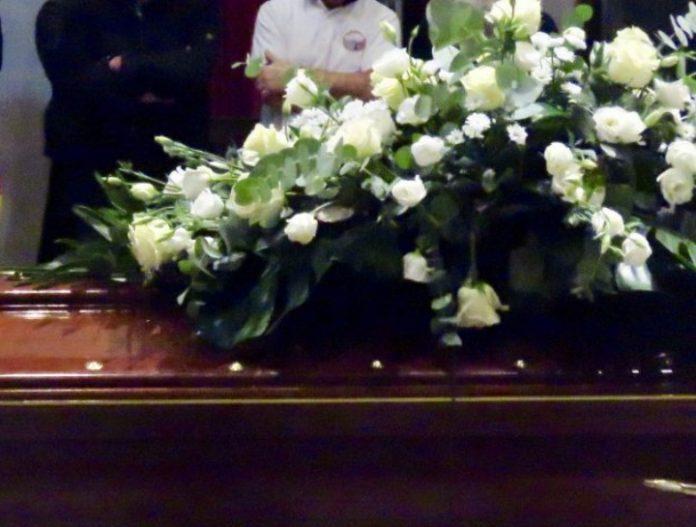 funerali-donna-spezzano-albanese-derubata-abitazione