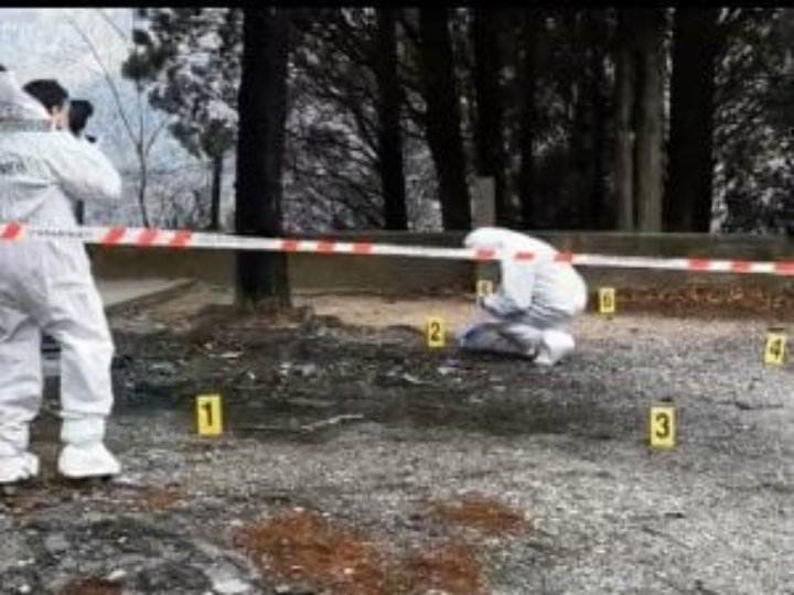 Bruciato vivo in auto: arrestati la moglie e il suo amante