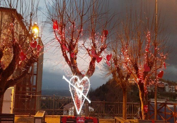 panchina dell'amore san valentino altomonte