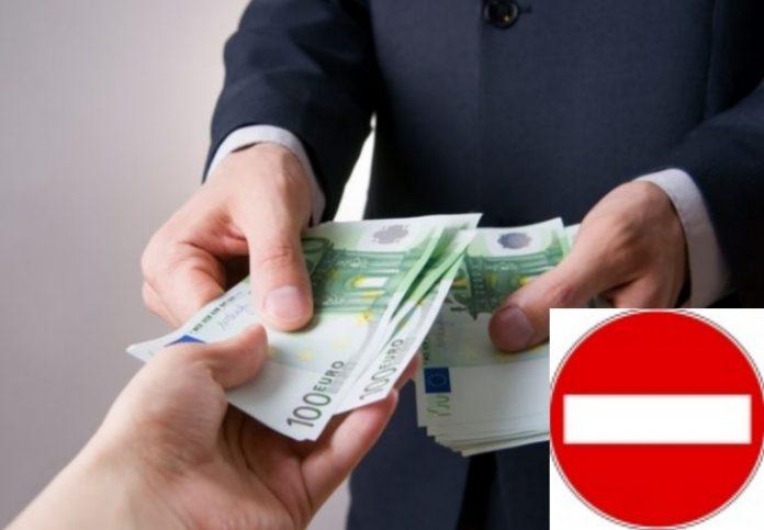 Multa per chi paga in contanti e beneficia delle detrazioni fiscali