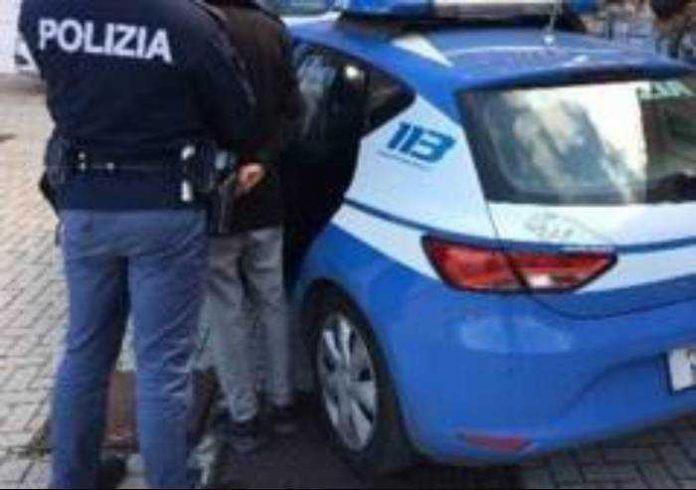 arresto squadra volante polizia di stato
