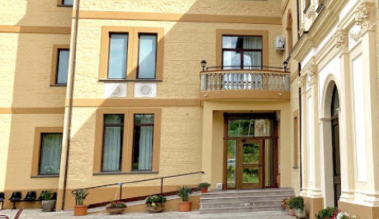 Focolaio in una casa di riposo a Chiaravalle, tamponi positivi su anziani e personale