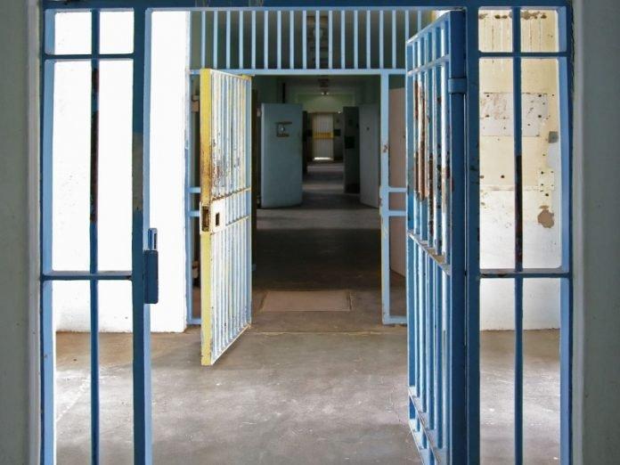 covid carcere porte aperte capimafia