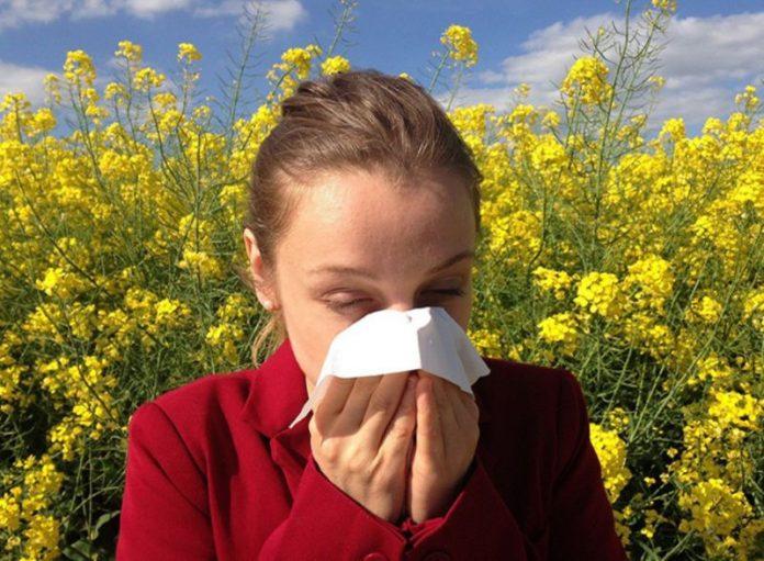 sintomi covidi simili a sintomi allergia