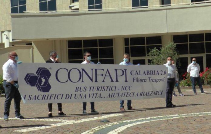 manifestazione Confapi in regione