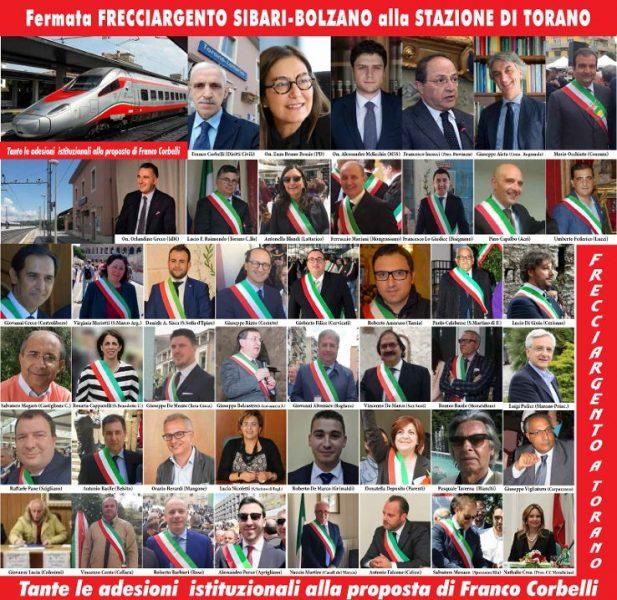 Fermata del Frecciargento Sibari-Bolzano alla moderna e centrale stazione di Torano-Lattarico