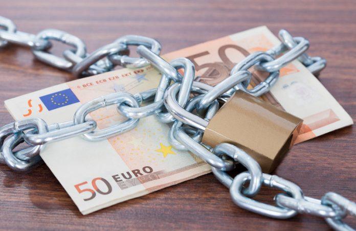 Limiti ai pagamenti in contanti
