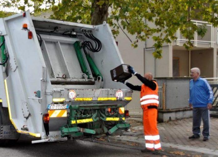 raccolta rifiuti sospesa