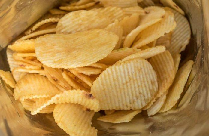 l'azienda San Carlo dona 5mila pacchi di patatine alle famiglie calabresi