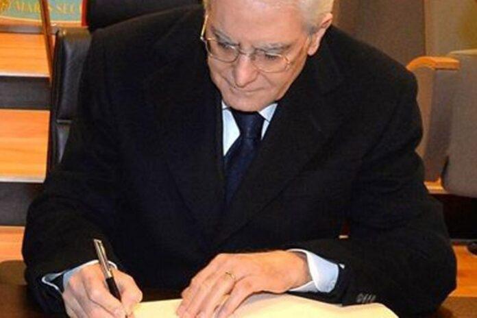 riduzione parlamentari mattarella firma legge