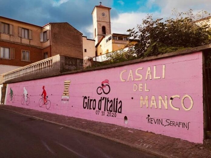 murales a Casali del Manco giro d'italia