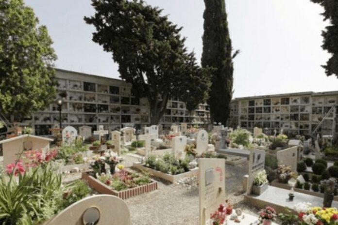 cimitero catanzaro al buio