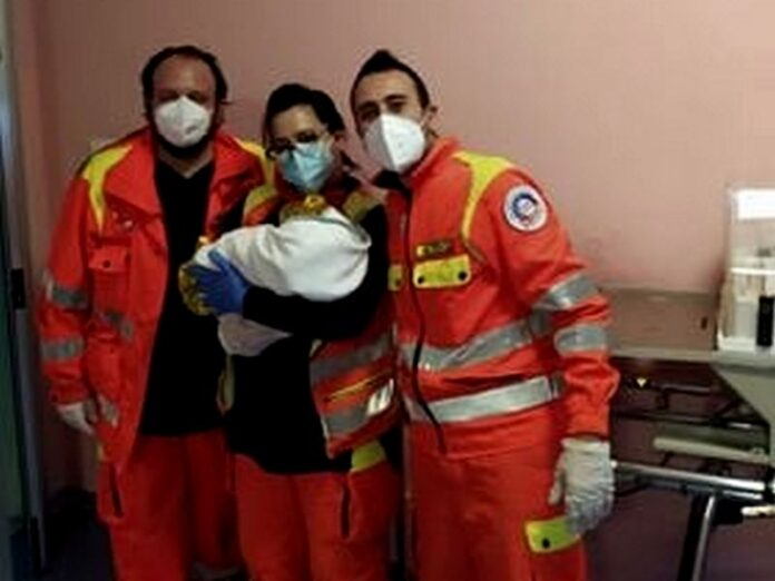 parto in ambulanza 118 cosenza