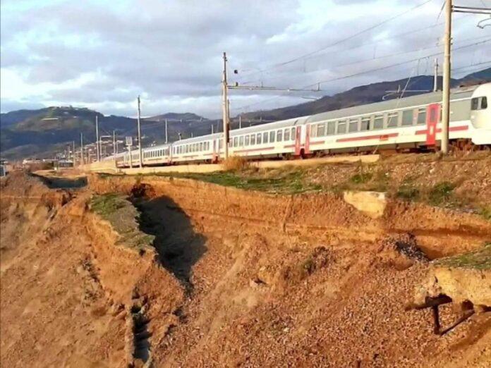 pericolosità linea ferroviaria tirreno cosentino