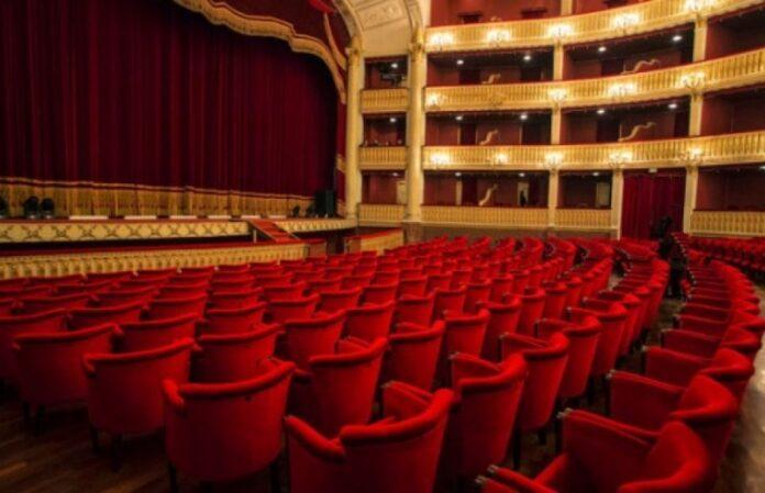 riapertura dei teatri