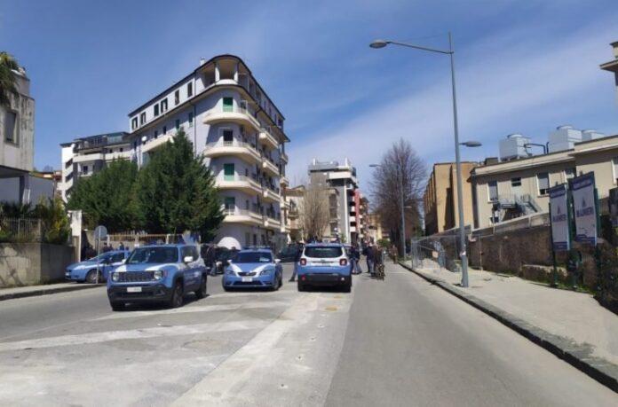 parenti rom assediano ospedale cs