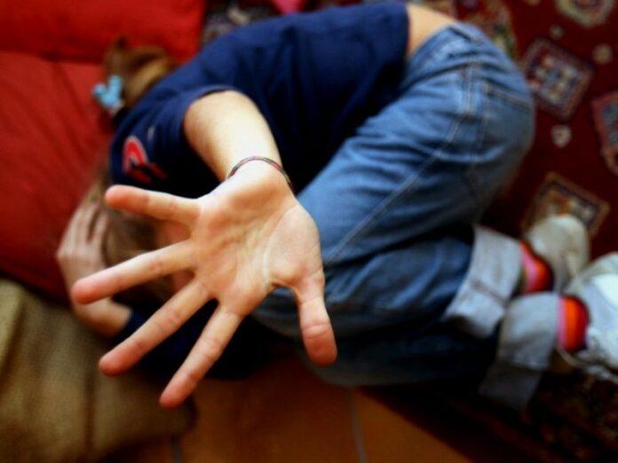 violenza minori abusi