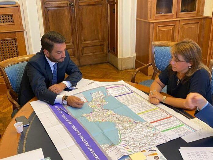 assessore Catalfamo e sottosegretario alle Infrastrutture Cancelleri luglio 2020