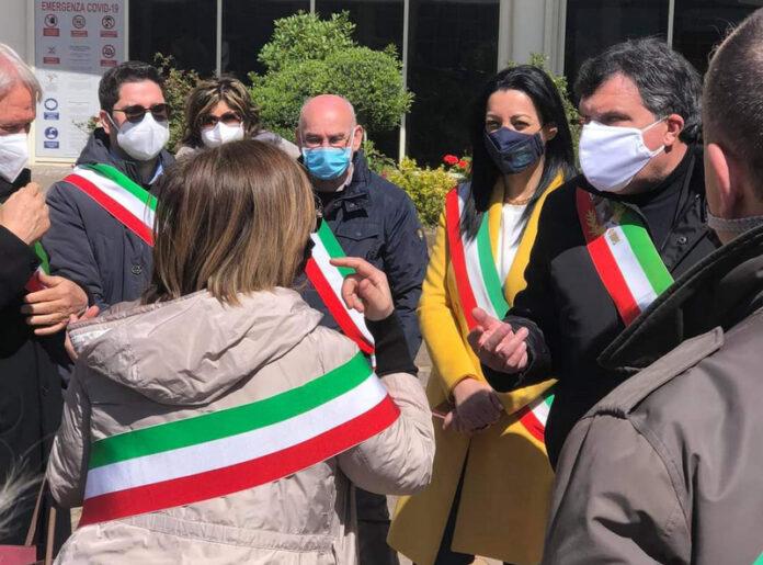 protesta sindaci cittadella regionale
