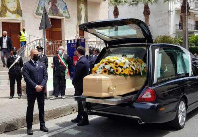 Diamante serena cosentino funerale