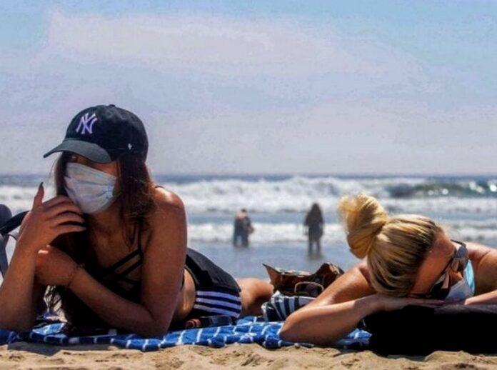 mascherina spiaggia