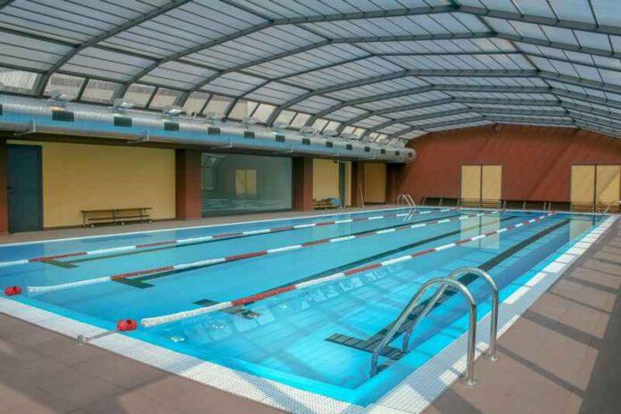 piscina pubblica cloro covid