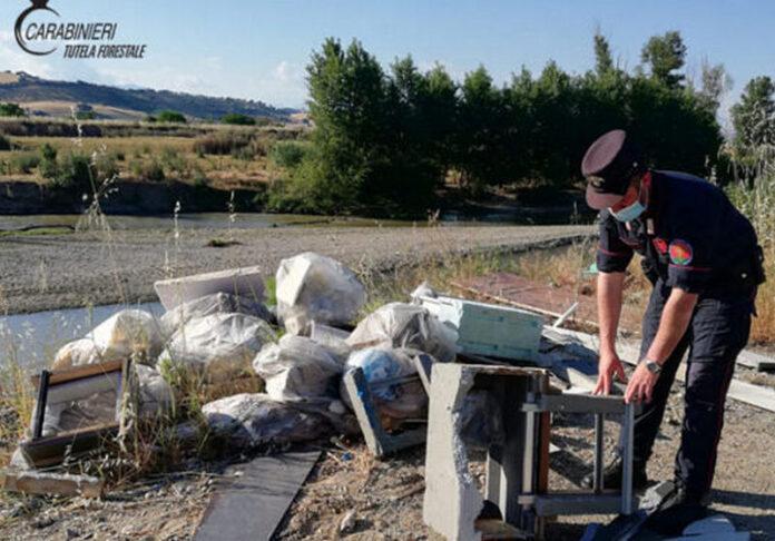 Bisignano abbandono rifiuti