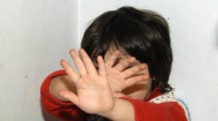 aggressioni su bambini
